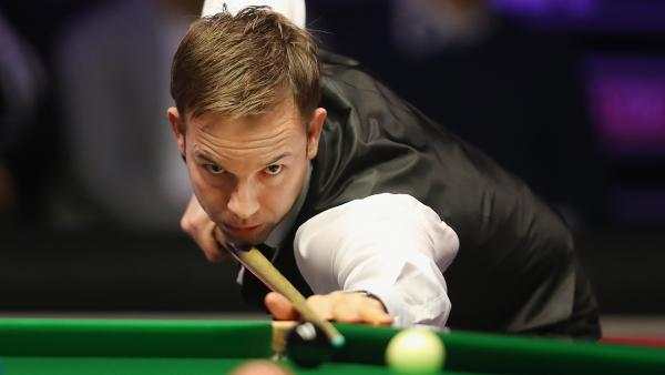 Ali Carter at table 1280.jpg