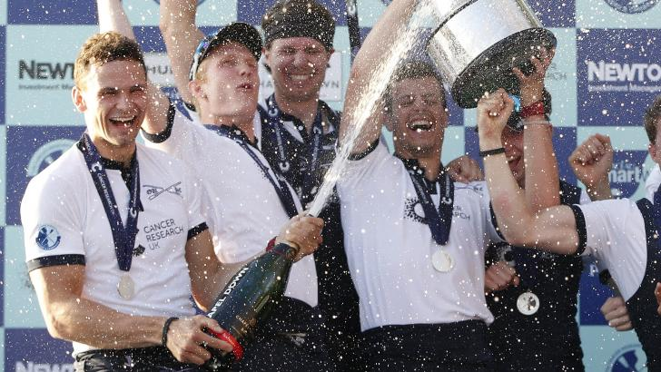 Oxford celebrate winning Boat Race in 2017
