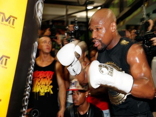 Mayweather will be in smaller gloves than he's used to