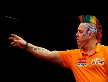 Peter Wright is fancied to get the better of Stephen Bunting
