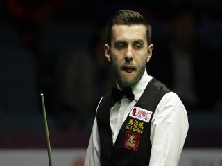 Mark Selby is fancied to step up a gear after a shoddy second round performance