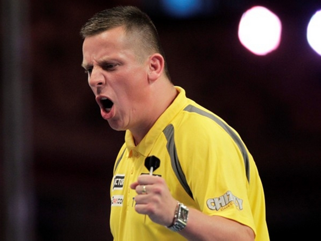 Wayne fancies Dave Chisnall to go close to winning the 2016 Grand Slam of Darts