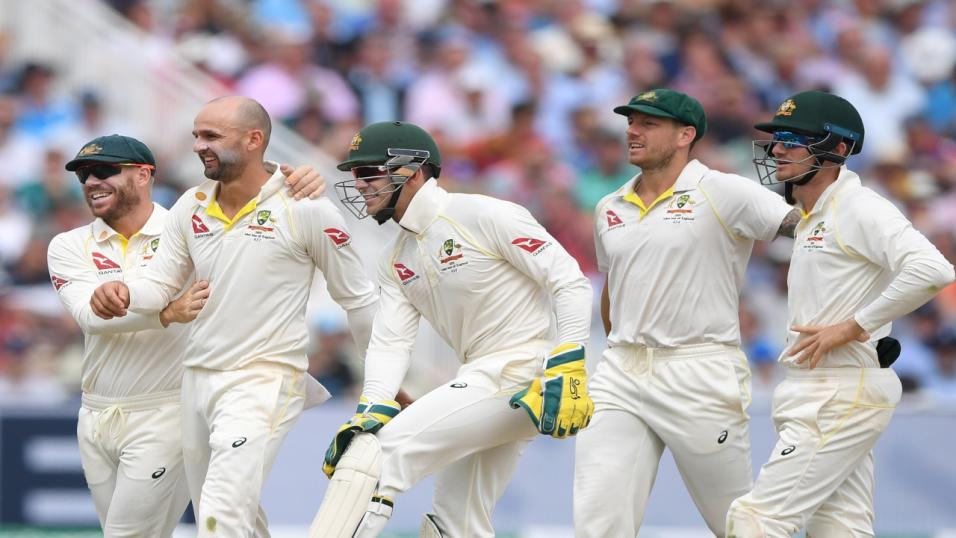 Australian cricketers celebrate Ashes victory