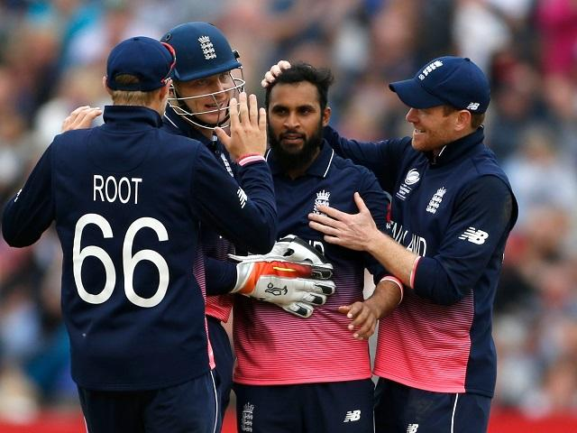 Celebrations as Adil Rashid takes another Aussie wicket