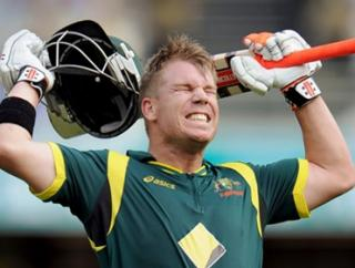 David Warner is back in form and looking to inspire Australia to a vital win over Sri Lanka on Sunday.