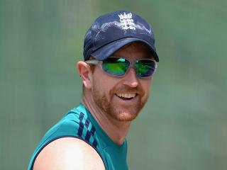 Keeping the mood right - Paul Collingwood at work with England