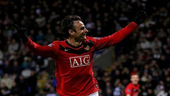 Berbatov celebrates for MU 956.600x338.jpg