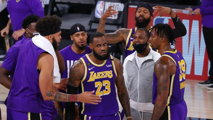 LeBron James es el amo de los Lakers.