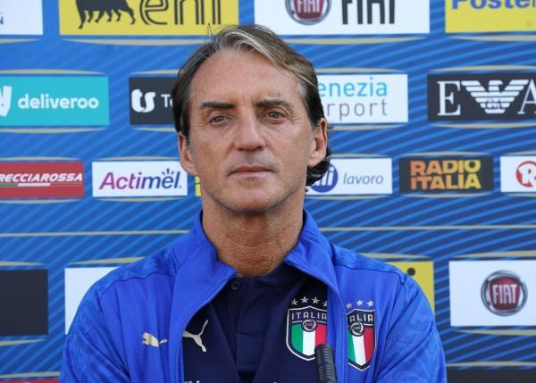 R Mancini - 1280 (2).jpg