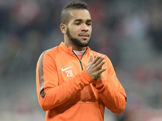 Liverpool remain heavily odds-on to complete the purchase of Alex Teixeira in this transfer window