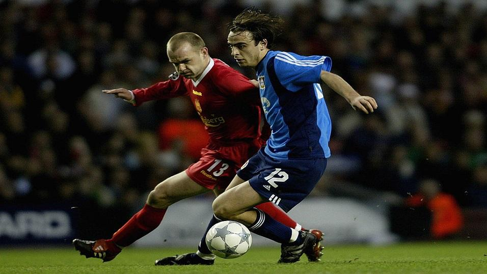 Dimitar Berbatov in action for Leverkusen