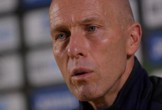 Can Bob Bradley's Swansea pick up a much needed win against West Ham?