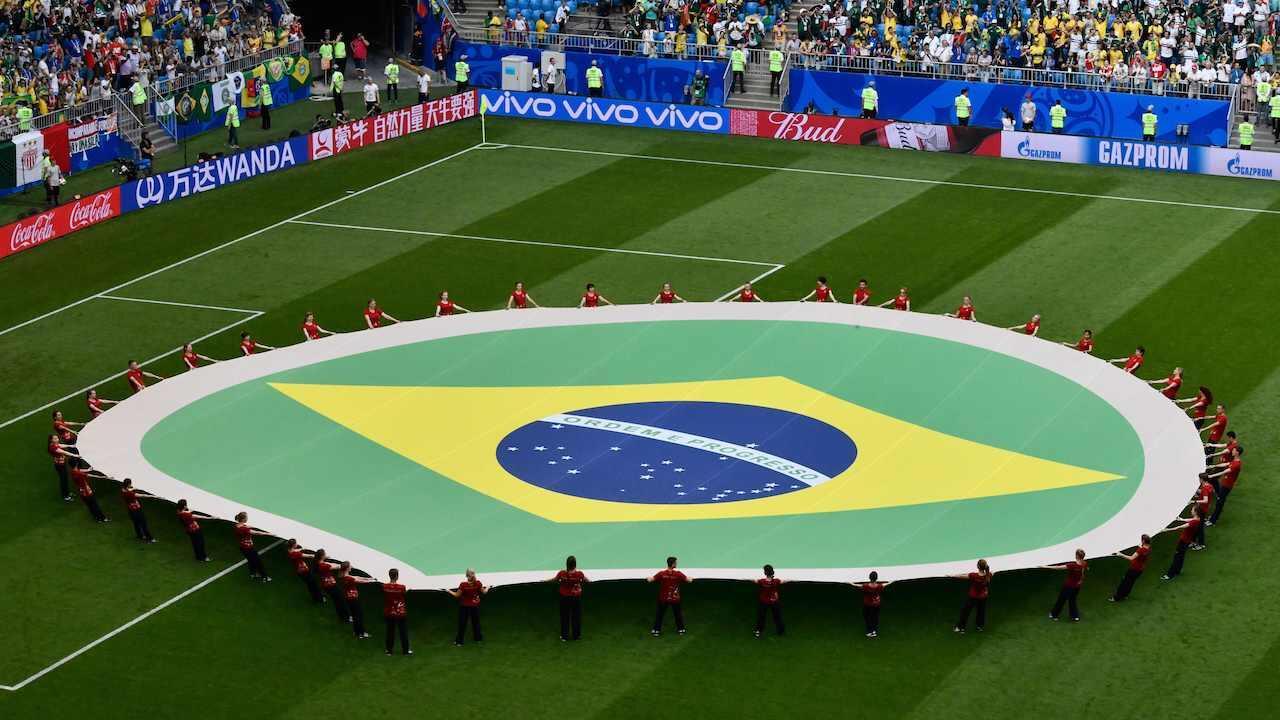 Brasil%20sepakbola%20pertandingan%20bendera%201280
