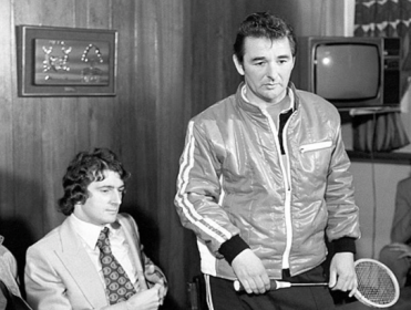 Brian Clough postponing his game of squash to announce he'd broken the English transfer record
