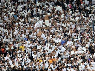 The fans of Corinthians are expecting the league title to be delivered