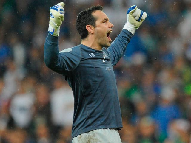 Millwall goalkeeper David Forde has overseen successive clean sheets