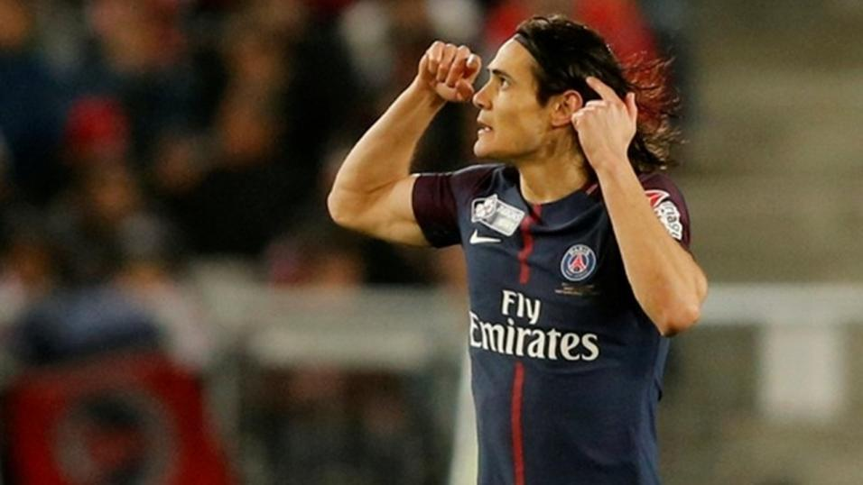 PSG forward Edinson Cavani