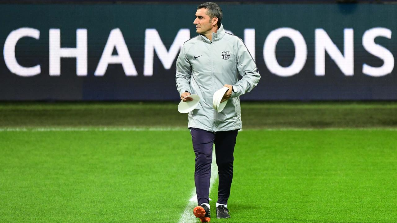 Valverde's team top La Liga but pressure is mounting after poor performances