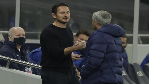 Frank Lampard and Jose Mourinho.jpg