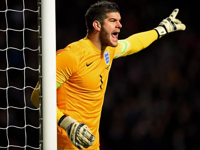 Fraser Forster has returned to the Southampton side with successive clean sheets