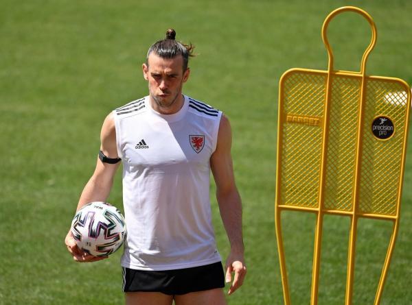 Gareth Bale - 1280 (4).jpg