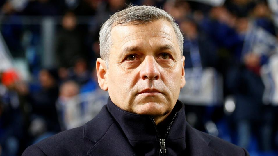 Lyon manager Bruno Genesio is looking to guide the club to a top-three finish this season