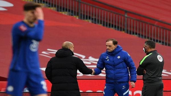 Guardiola and Tuchel shake hands.jpg