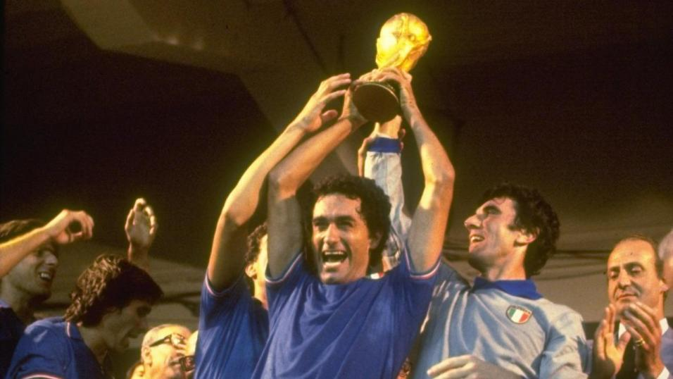 Dino Zoff and a triumphant Italy lift the Jules Rimet trophy