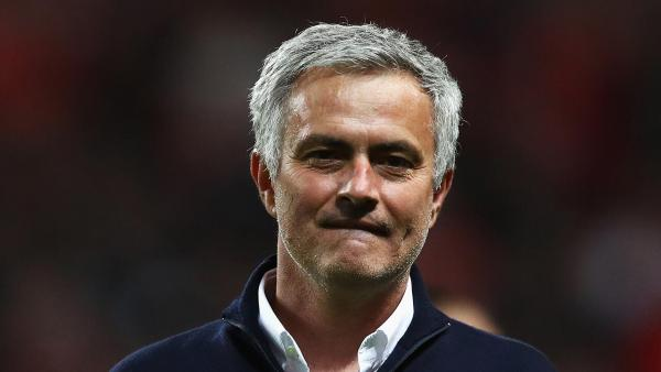 Jose Mourinho head on smile 1280.jpg