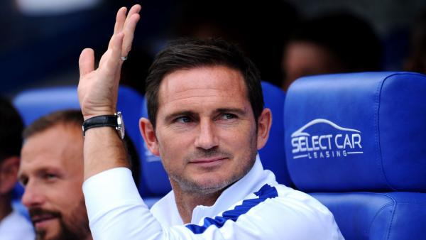 Lampard Waving 1280.jpg