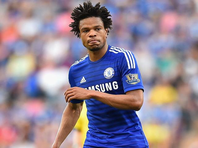 Loic Remy wonders how he came to make it onto the pitch during a Chelsea match