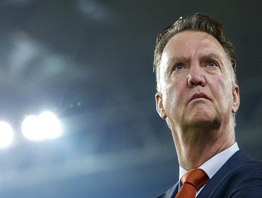 With the spotlight on Louis van Gaal, can Manchester United handle the pressure when they face Sunderland?