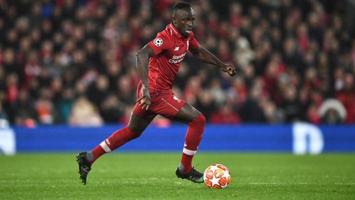 Sadio Mane dribbling for Liverpool