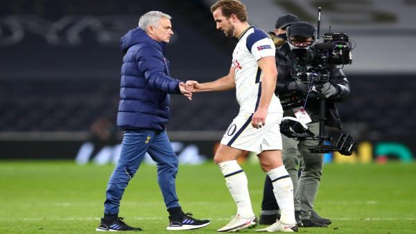Mourinho and Kane 1280.jpg