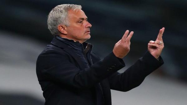 Mourinho menghitung 1280.jpg
