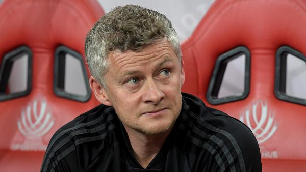 Ole Gunnar Solskjaer on the bench 1280.jpg