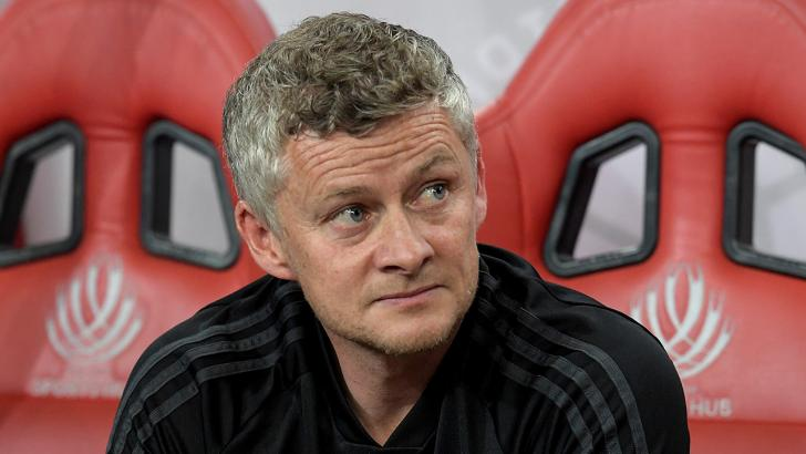 Ole Gunner Solskjaer on the bench