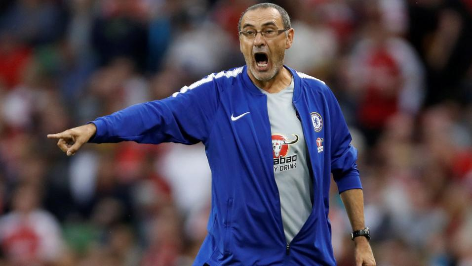 Chelsea coach Maurizio Sarri struggling to give up smoking