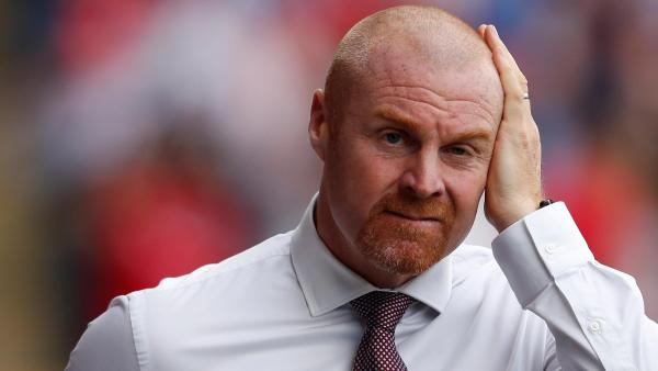 Sean Dyche hand on head 1280.jpg