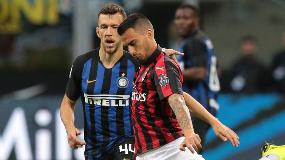 Milan winger Suso and Inter winger Ivan Perisic