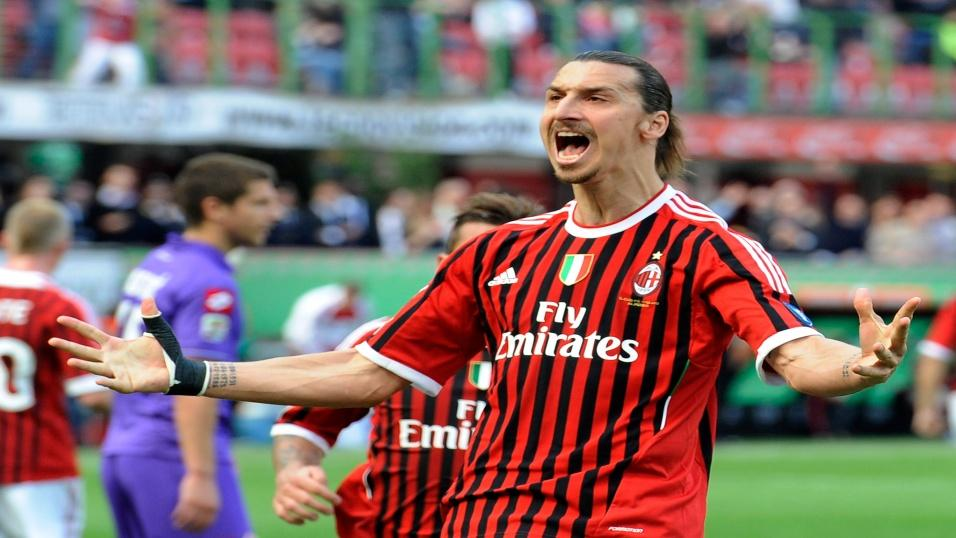 Zlatan Ibrahimovic playing for AC Milan