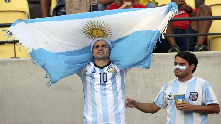 Argentina fan with flag