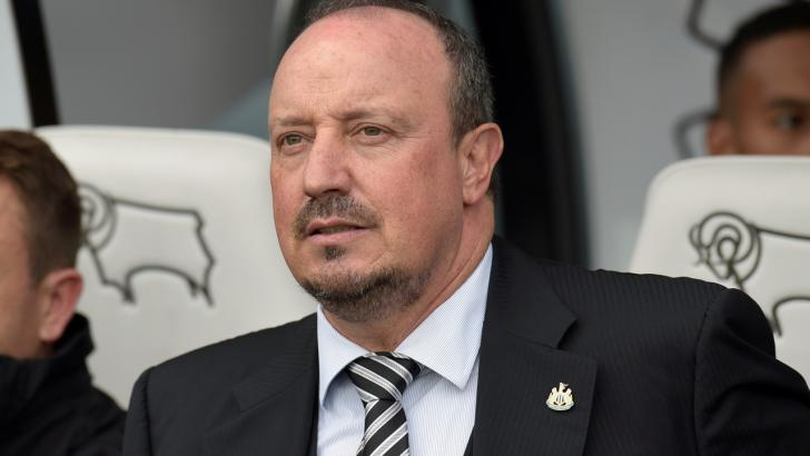 It could be another long afternoon for Rafa Benitez
