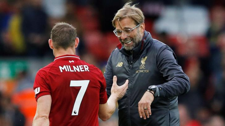 Jurgen Klopp congratulates James Milner
