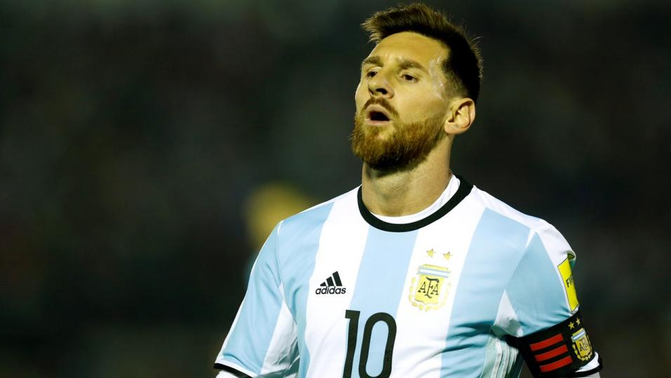 Messi Miss Penalty As Argentina Draw 1-1 Against Iceland