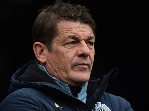 That worried look - Newcastle manager John Carver