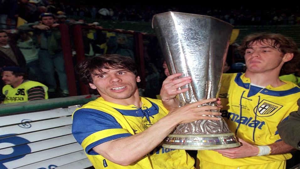 Gianfranco Zola celebrates Parma's UEFA Cup win
