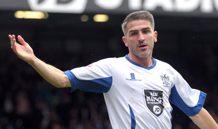 It's crunch time for Ryan Lowe in his bid to land the Bury job