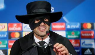 Donetsk manager Paulo Fonseca kept to a promise that he'd wear a Zorro mask if his side beat Manchester City. He might be wearing it again on Wednesday night.