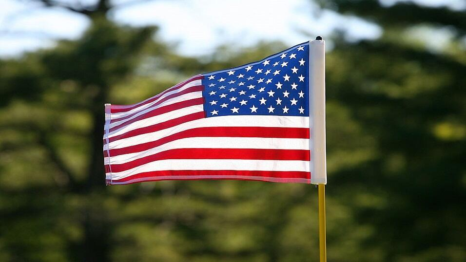 A stars and stripes golf flag